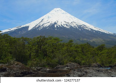Volcan Osorno 2652 m, north of Puerto Montt, Chile.