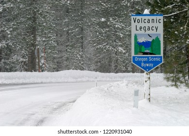 Volcanic Legacy Scenic Byway, Oregon, USA