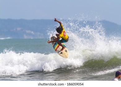 Volcom Qualifying Series junior surf competition. Kuta. Bali. Indonesia. 28 April 2013.