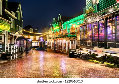 VOLENDAM, NETHERLANDS - DECEMBER 31, 2017: Downtown of Volendam decorated with beautiful Christmas illuminations on New Year's Eve