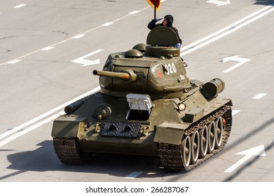 VOLGOGRAD, RUSSIA - MAY 9: Russian military tank T34 at the parade on annual Victory Day, May, 9, 2014 in Volgograd, Russia.