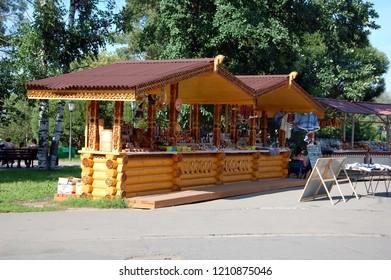 VOLOGDA, RUSSIA - JULY 29, 2012: Sale of souvenirs in Vologda, Russia