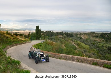 VOLTERRA (PI), ITALY - SEPTEMBER 19: A green Bentley 3 litre takes part to the GP Nuvolari classic car race on September 19, 2015 near Volterra (PI). The car was built in 1925.