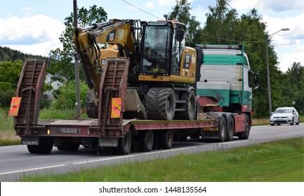 Volvo Excavator Images, Stock Photos & Vectors | Shutterstock