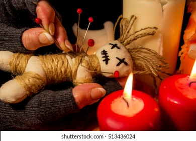 In a Voodoo doll are needles pricked