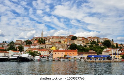 VRSAR / CROATIA: View to the marina and old town of Vrsar, Istria, Croatia