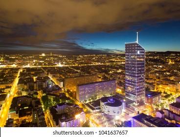 Vue de Lyon de nuit - Lyon night view