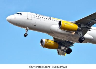 Vueling Airlines Airbus A320-232 reg. EC-LVV, preparing to land in Helsinki-Vantaa Airport, Finland. Picture taken on 04.05.2018.