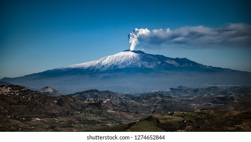 Vulcan Etna and city