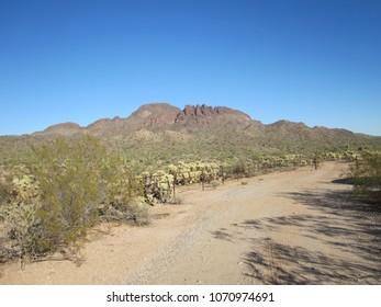 Vulture Peak Trailhead 01