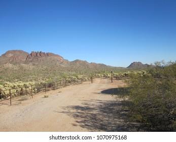 Vulture Peak Trailhead 02