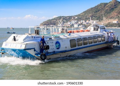 VUNG TAU, VIETNAM - DEC 16: The hydrofoil going on from Vung Tau city to Ho Chi Minh city on December 16, 2012.