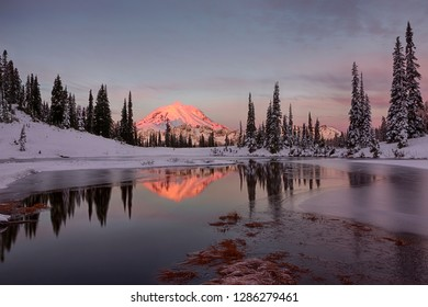 WA, Mount Rainier National Park, Mount Rainier and Upper Tipsoo Lake