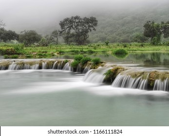 Waadi Darbat flowing water