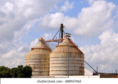 Waco, Texas - July 21, 2017: Magnolia Market Silos, built by Chip and Joanna Gaines the stars of television show Fixer Upper. A favorite Waco tourist shopping stop
