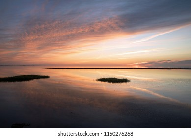 The Wadden Sea awakens in the early morning