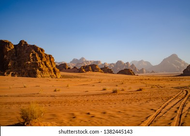 wadi rum desert sunset landscape