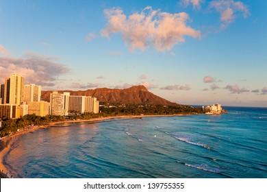 waikiki beach with diamond head resorts hawaii