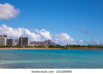 waikiki diamond head oahu hawaii ala moana beach