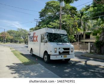 Fedex Images, Stock Photos & Vectors | Shutterstock