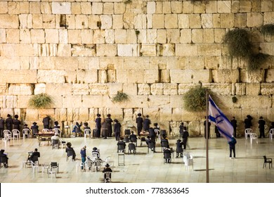 Wailing Wall with many Jews, Jerusalem, Israel