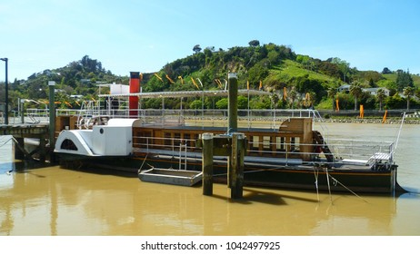 Waimarie Paddle Steamer on the Whanganui River in New Zealand