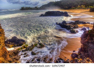 Waimea Bay, Oahu Sunrise