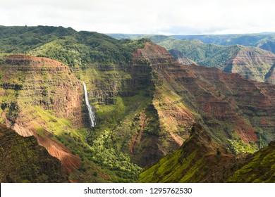 Waipo'o Falls in Waimea Canyon, Kauai, HI