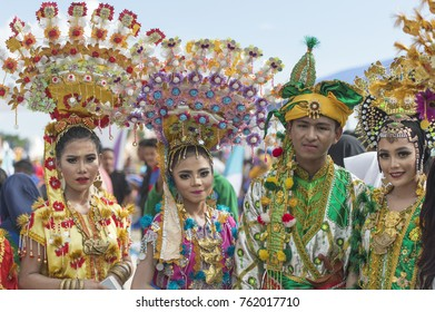 Wakatobi, Indonesia-Nov 11, 2017:Parade displaying colorful costume of school children with Ocean Wonders theme during Wakatobi Wave Festival. This is an annual ethnic event in Southeast Sulawesi.