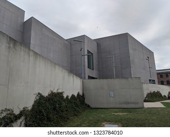 WAKEFIELD, ENGLAND - SEPTEMBER 2, 2018: Exterior of the striking, brutalist, concrete Hepworth Gallery in Wakefield, Yorkshire, UK, named for the sculptor Barbara Hepworth who was born in the town