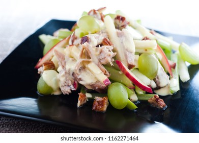 Waldorf salad with Pork