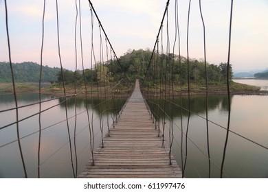 walk to rope bridge