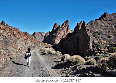 walkin on desert, Series of photographs of the Cañadas in the Teide National Park, in Tenerife,