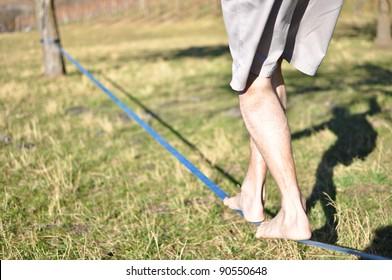 Walking on a slackline
