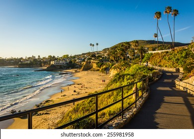 Walkway and view of the Pacific Ocean at Heisler Park, in Laguna Beach, California.