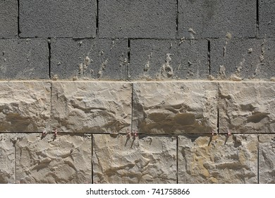 Wall cladding with natural stone
