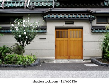 Wall and door in Japanese style, Tokyo, Japan.