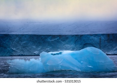 Wall of Ice sheet glacier (zone of ablation). Franz-Joseph Land, Rudolf island