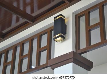 wall lights on the post