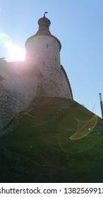 The wall of the Pskov Kremlin Ensemble was built in 1400, restored in 1962. Tower Kutekroma.