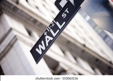 Wall st sign.