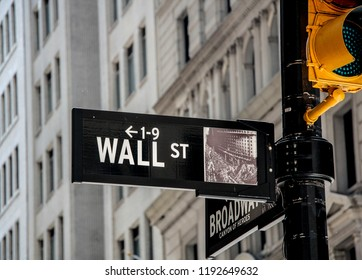 Wall strreet sign in New York