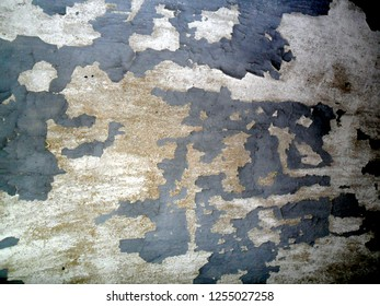 Wall texture with cracks