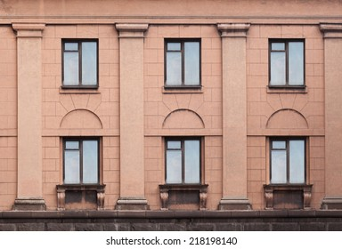 wall with windows and columns