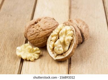 Wallnuts on a wooden board