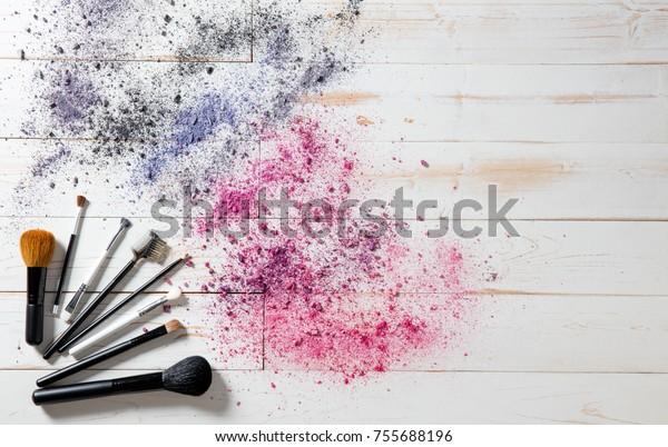 Fond D Ecran Pour Le Maquillage Professionnel Photo De Stock Modifier Maintenant 755688196