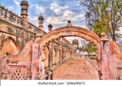Walls of Bibi Ka Maqbara, also known as Mini Taj Mahal. Aurangabad - Maharashtra, India