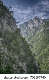 The walls of the Drina canyon
