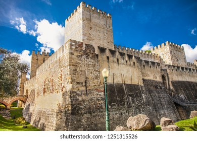 Walls of historic fortress Sao Jorge in lisbon, Portugal.