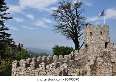 Walls and tower of the medieval castle in Sintra / Castelo dos Mouros